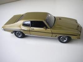 Прикрепленное изображение: Pontiac_LeMans_GTO_Hardtop_Coupe_1972__GMP___11_.JPG