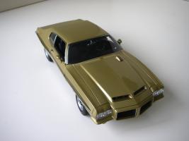 Прикрепленное изображение: Pontiac_LeMans_GTO_Hardtop_Coupe_1972__GMP___12_.JPG