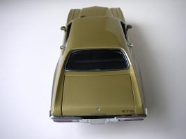 Прикрепленное изображение: Pontiac_LeMans_GTO_Hardtop_Coupe_1972__GMP___14_.JPG