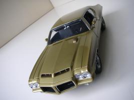 Прикрепленное изображение: Pontiac_LeMans_GTO_Hardtop_Coupe_1972__GMP___15_.JPG