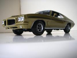 Прикрепленное изображение: Pontiac_LeMans_GTO_Hardtop_Coupe_1972__GMP___17_.JPG
