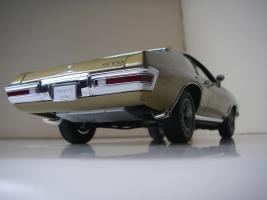 Прикрепленное изображение: Pontiac_LeMans_GTO_Hardtop_Coupe_1972__GMP___22_.JPG
