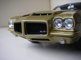Прикрепленное изображение: Pontiac_LeMans_GTO_Hardtop_Coupe_1972__GMP___25_.JPG