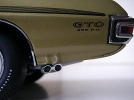 Прикрепленное изображение: Pontiac_LeMans_GTO_Hardtop_Coupe_1972__GMP___28_.JPG