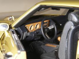 Прикрепленное изображение: Pontiac_LeMans_GTO_Hardtop_Coupe_1972__GMP___29_.JPG