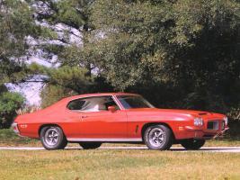 Прикрепленное изображение: Pontiac_GTO_Hardtop_Coupe_1972.jpg
