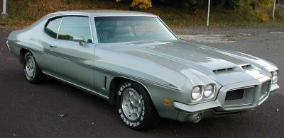 Прикрепленное изображение: Pontiac_GTO_Hardtop_Coupe_1972__3_.jpg