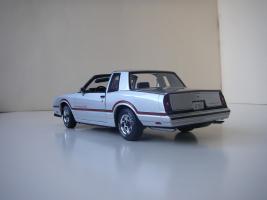Прикрепленное изображение: Chevrolet_Monte_Carlo_SS_1985__ERTL_Authentics___2_.JPG
