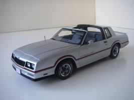 Прикрепленное изображение: Chevrolet_Monte_Carlo_SS_1985__ERTL_Authentics___6_.JPG