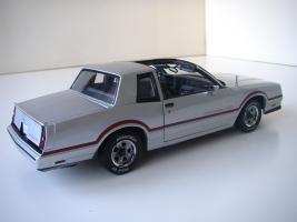 Прикрепленное изображение: Chevrolet_Monte_Carlo_SS_1985__ERTL_Authentics___7_.JPG