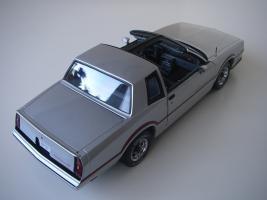 Прикрепленное изображение: Chevrolet_Monte_Carlo_SS_1985__ERTL_Authentics___9_.JPG