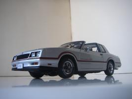 Прикрепленное изображение: Chevrolet_Monte_Carlo_SS_1985__ERTL_Authentics___16_.JPG