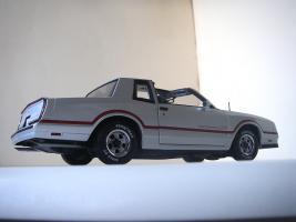 Прикрепленное изображение: Chevrolet_Monte_Carlo_SS_1985__ERTL_Authentics___17_.JPG