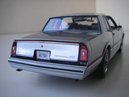 Прикрепленное изображение: Chevrolet_Monte_Carlo_SS_1985__ERTL_Authentics___19_.JPG
