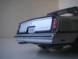 Прикрепленное изображение: Chevrolet_Monte_Carlo_SS_1985__ERTL_Authentics___23_.JPG