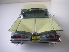 Прикрепленное изображение: Chevrolet_Impala_Sport_Coupe_1959__WCPD___13_.JPG