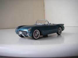 Прикрепленное изображение: Chevrolet_Corvette_1954__Danbury_Mint___2_.JPG