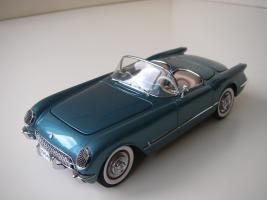 Прикрепленное изображение: Chevrolet_Corvette_1954__Danbury_Mint___7_.JPG