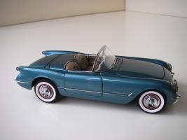 Прикрепленное изображение: Chevrolet_Corvette_1954__Danbury_Mint___9_.JPG