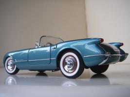Прикрепленное изображение: Chevrolet_Corvette_1954__Danbury_Mint___14_.JPG