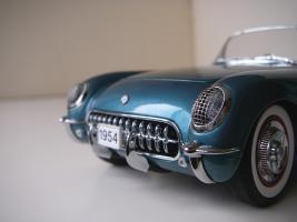 Прикрепленное изображение: Chevrolet_Corvette_1954__Danbury_Mint___20_.JPG
