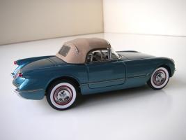 Прикрепленное изображение: Chevrolet_Corvette_1954__Danbury_Mint___24_.JPG