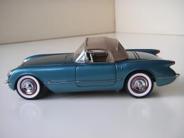 Прикрепленное изображение: Chevrolet_Corvette_1954__Danbury_Mint___25_.JPG