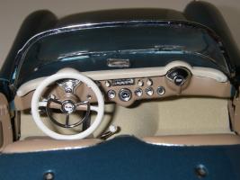 Прикрепленное изображение: Chevrolet_Corvette_1954__Danbury_Mint___35_.JPG