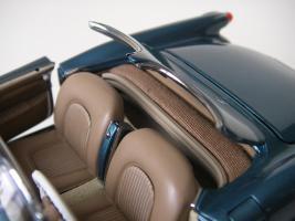 Прикрепленное изображение: Chevrolet_Corvette_1954__Danbury_Mint___39_.JPG