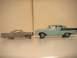 Прикрепленное изображение: Chevrolet_Impala_1959___Chevrolet_150_1957__3_.JPG