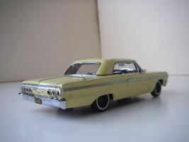Прикрепленное изображение: Chevrolet_Impala_SS_Sport_Coupe_1964__WCPD___2_.JPG