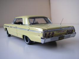 Прикрепленное изображение: Chevrolet_Impala_SS_Sport_Coupe_1964__WCPD___5_.JPG