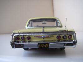 Прикрепленное изображение: Chevrolet_Impala_SS_Sport_Coupe_1964__WCPD___8_.JPG