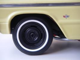 Прикрепленное изображение: Chevrolet_Impala_SS_Sport_Coupe_1964__WCPD___15_.JPG