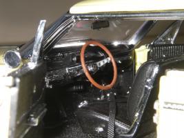 Прикрепленное изображение: Chevrolet_Impala_SS_Sport_Coupe_1964__WCPD___16_.JPG