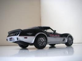 Прикрепленное изображение: Chevrolet_Corvette_Indy_500_Official_Pace_Car_Replica_1978__UT___5_.JPG