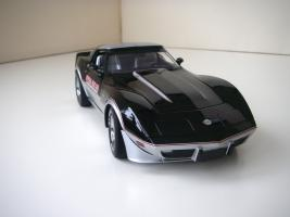 Прикрепленное изображение: Chevrolet_Corvette_Indy_500_Official_Pace_Car_Replica_1978__UT___6_.JPG