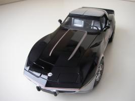 Прикрепленное изображение: Chevrolet_Corvette_Indy_500_Official_Pace_Car_Replica_1978__UT___10_.JPG