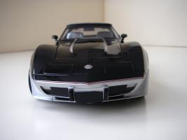 Прикрепленное изображение: Chevrolet_Corvette_Indy_500_Official_Pace_Car_Replica_1978__UT___16_.JPG
