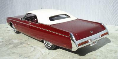 Прикрепленное изображение: Imperial_LeBaron_2_door_Hardtop_1969_kit.JPG