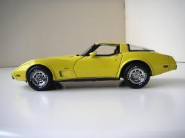 Прикрепленное изображение: Chevrolet_Corvette_1978__UT___3_.JPG