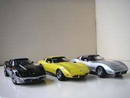 Прикрепленное изображение: Chevrolet_Corvette__s_1978__Autoart___UT_.JPG