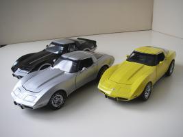 Прикрепленное изображение: Chevrolet_Corvette__s_1978__Autoart___UT___2_.JPG