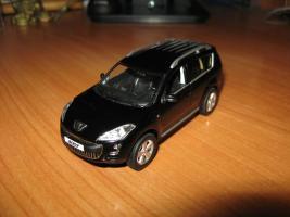 Прикрепленное изображение: Peugeot_4007.JPG