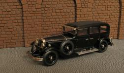 Прикрепленное изображение: Typ_Nurburg_460_Pullman_Limousine__1929_32__W_08_4.jpg