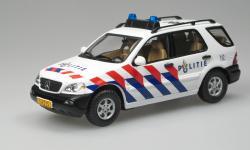 Прикрепленное изображение: ML_2003_Dutch_Police__Ixo.jpg