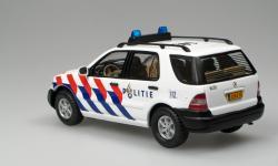 Прикрепленное изображение: ML_2003_Dutch_Police__Ixo_z.jpg