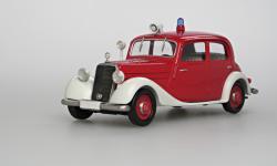 Прикрепленное изображение: 170_Db_Limousine_Feuerwehr_1952.jpg