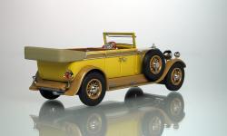 Прикрепленное изображение: Typ_400_Tourenwagen_1928_VR2000_z.jpg