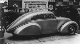 Прикрепленное изображение: MB_170_Stromlinien_coupe_1935_ErdmannRossi.jpg